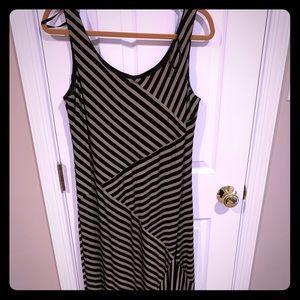 Comfortable black and tan striped maxi